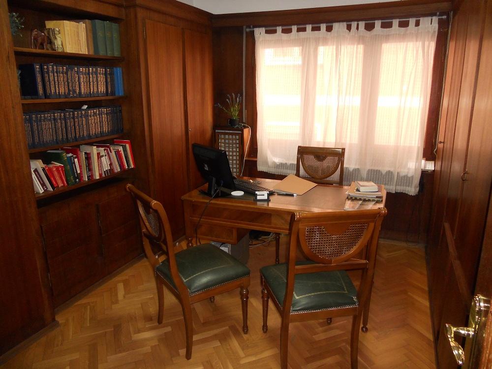 Home abogado desahucio zaragoza tlf 976214406 - Decoracion despacho abogados ...
